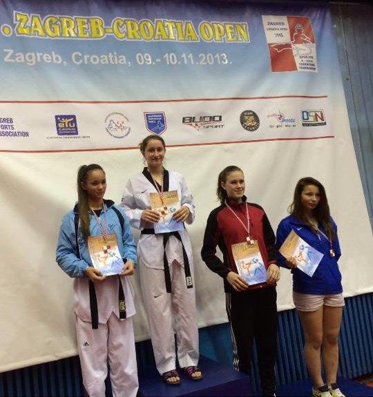 Croatia Open 2013 in Zagreb - Goldmedaillen-Gewinnerin Ekaterina Derev bei der Siegerehrung