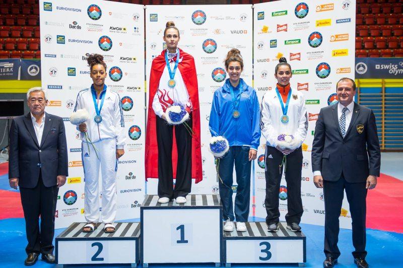 Europameisterschaft 2016 Montreux - Siegerehrung mit Rabia Gülec