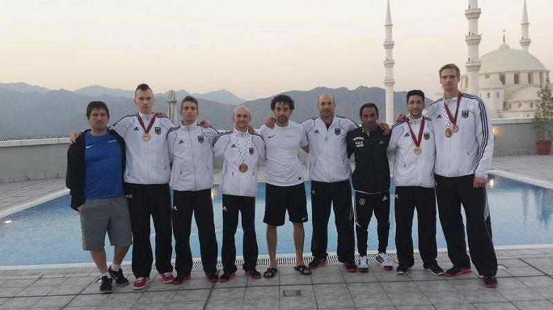 Fujairah Open 2014 in Fudschaira - Das DTU-Herren-Team mit den gewonnenen Medaillen