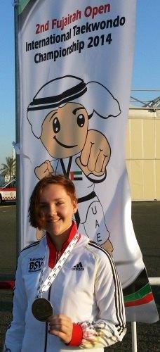 Fujairah Open 2014 in Fudschaira - Leonie Martin mit ihrer Medaille