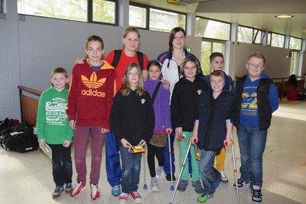 German Open 2014 in Hamburg - Anna-Lena Frömming und Katharina Weiss mit Schülern der Stadtteilschule Meiendorf