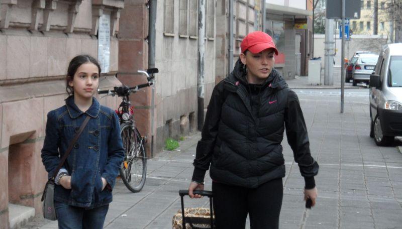 April-Kinderturnier 2011 in Humpolec - Chamutal Castano und Vera Komrsova vor der Abfahrt