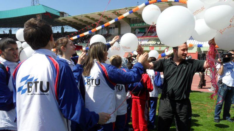 Internationales Kinderturnier Konya 2012 - Bild Abschlussfeier 1