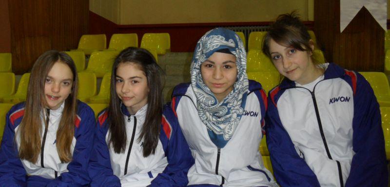 Internationales Kinderturnier Konya 2012 - Isabel Beckstein, Ela Aydin, Merve Talan und Ekaterina Derev