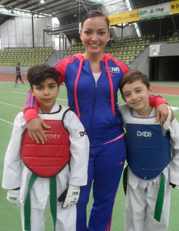 Internationales Kinderturnier Sindelfingen 2014 - Adam Piri und Martin Felix mit Trainerin Vera Komrsova