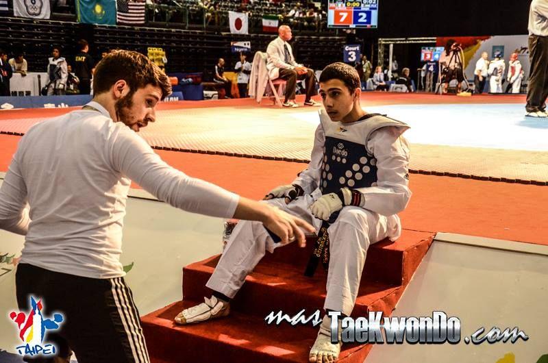 Jugend-(U18)-Weltmeisterschaft 2014 in Taipeh - Osayd Saqr mit Coach Orcun Öztürk