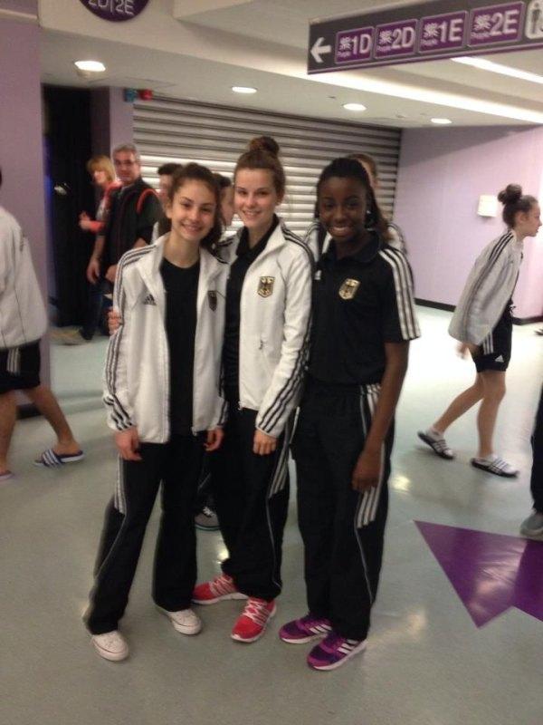 Jugend-(U18)-Weltmeisterschaft 2014 in Taipeh - Ela Aydin, Pia Leonhardt und Rhonda Nat