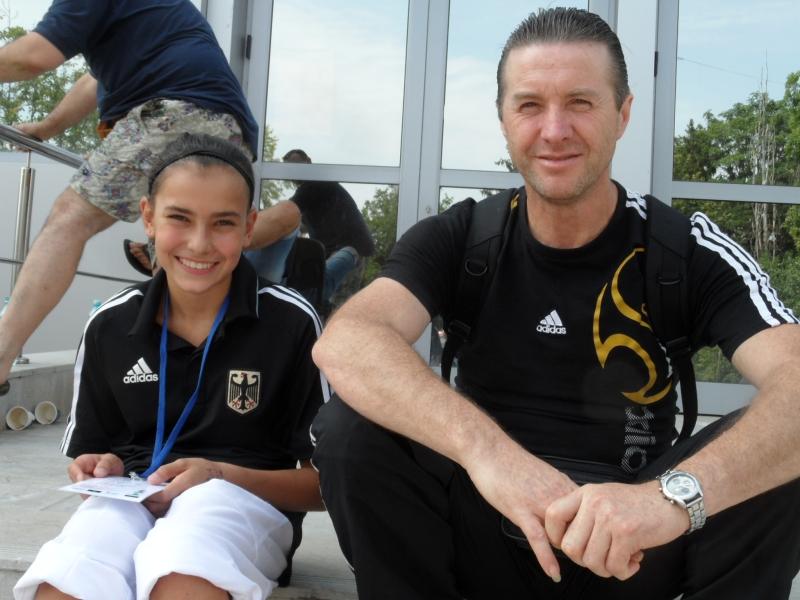 Kadetten-(U15)-Europameisterschaft 2013 in Bukarest - Sebil Sara Kaya mit ihrem Onkel Sinan