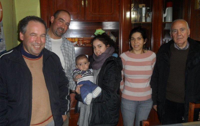 Chamutal Castaño beim Familienbesuch in Rábano de Aliste