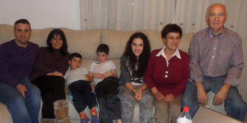 Chamutal Castaño beim Familienbesuch in Zamora