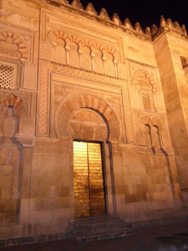 Tor an der Mezquita-Catedral in Córdoba