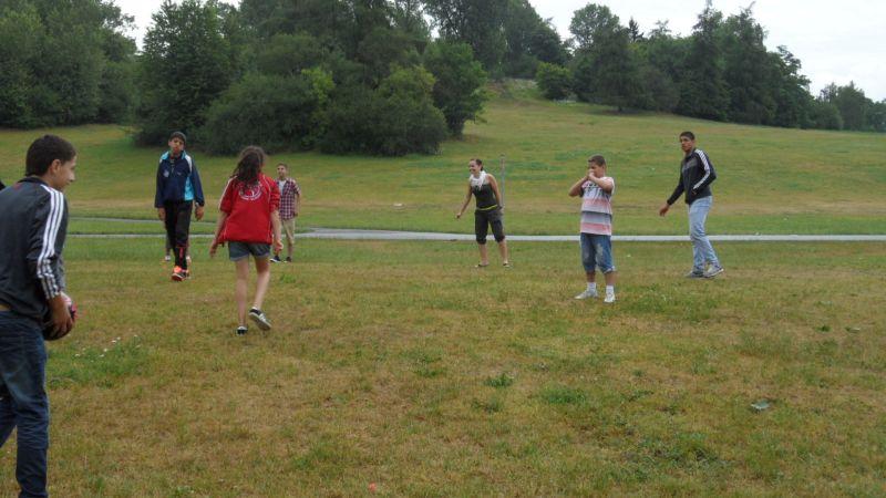 Grillen und Ballspielen im Marienpark - Bild 3