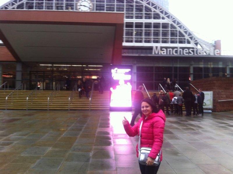 WTF World Grand Prix 2013 in Manchester - Hayat Gülec vor der Wettkampfhalle