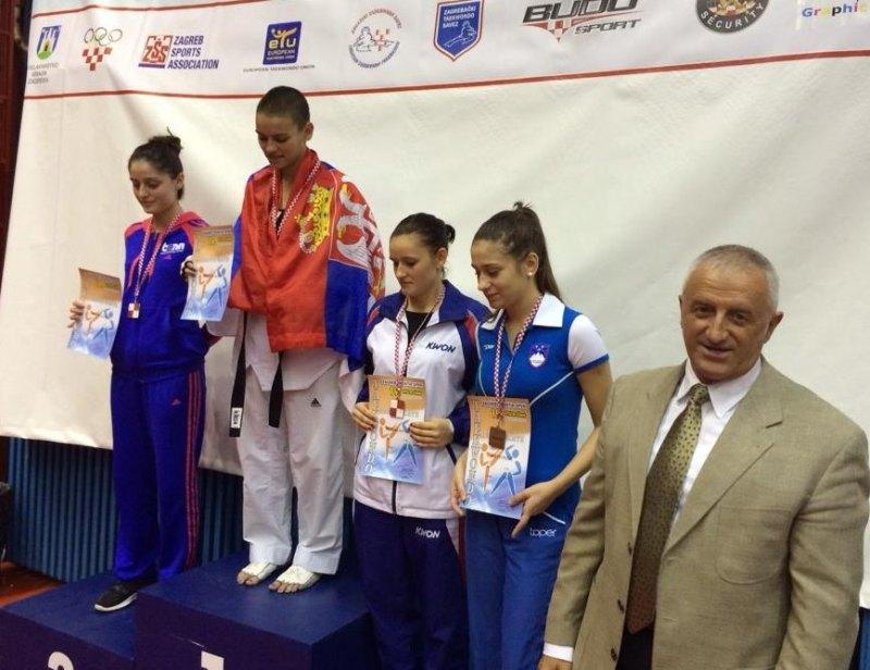 Croatia Open 2013 in Zagreb - Burcin Kayhan bei ihrer Siegerehrung