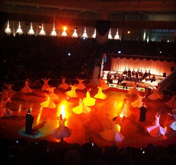 Internationales Kinderturnier Konya 2013 - Tanzende Derwische bei der Eröffnungsfeier