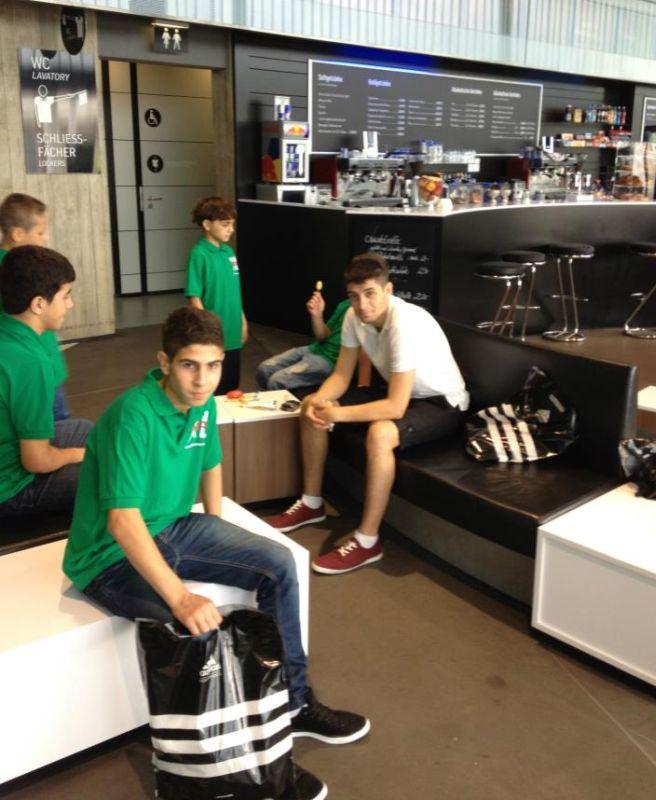Besuch des Factory-Outlets von Adidas