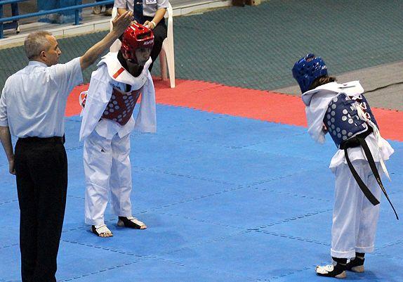 TKD Özer erfüllt ukrainischer Sportlerin den Traum von der Teilnahme an der Behinderten-WM - Viktoriia Marchuk nach einem ihrer Wettkämpfe bei der Behinderten-WM - Bild 03
